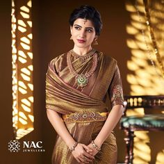 Check out the exotic South Indian gold temple jewellery designs from this brand and get ready to shop. Bridal Sarees South Indian, Bridal Silk Saree, Indian Silk Sarees, Indian Bridal Fashion, Soft Silk Sarees, Saree Wedding, Gold Wedding, Beautiful Saree, Beautiful Indian Actress