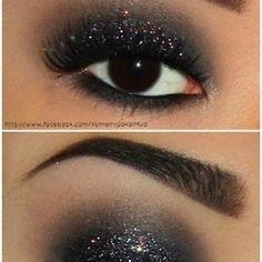 Make-up muss haben; Makeup Geek Bronze Sonnenwende - Smokey Eye Make-up - - - Make-up muss haben; Makeup Geek Bronze Sonnenwende - Smokey Eye Make-up - Sparkle Eye Makeup, Eye Makeup Tips, Makeup Eyeshadow, Makeup Ideas, Makeup Tutorials, Sparkly Eyeshadow, Smokey Glitter Eye, Makeup Brushes, Hair Makeup