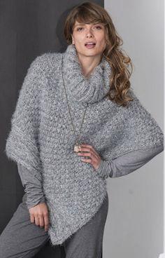 Poncho Crochet, Poncho Knitting Patterns, Poncho Shawl, Crochet Jacket, Knitted Shawls, Knitting Designs, Crochet Yarn, Grey Poncho, Vest Outfits