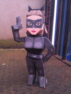 The Dark Knight Rises-Catwoman Papercraft