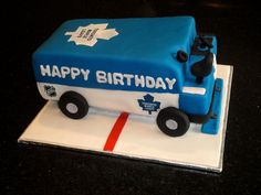3D Toronto Maple Leafs Zamboni Cake... but make with Lightning. Awesome!!