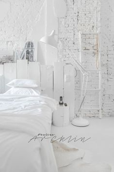 Bedroom Design And Decoration Tips And Ideas - Top Style Decor Beach House Decor, Home Decor, Home Interior Design, Interior Ideas, Interior Paint, Modern Interior, Bedroom Decor, Master Bedroom, White Bedroom