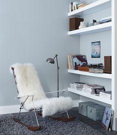 Schlafzimmer Im Ganzen Weisse Mobel Bilderrahmen Und Mobel