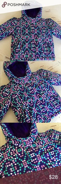 Super WARM ❄️ Toddler Girls Columbia Coat 2T This is a beautiful purple mosaic design toddler girls Columbia coat only worn literally twice in the winter when we went out in the snow briefly, in perfect condition from a smoke free home, this coat will keep your little one cozy, snug and super warm and cozy with adjustable Velcro closures on the wrist and hood size 2T Columbia Jackets & Coats Puffers