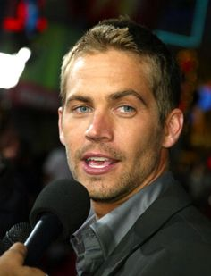Actor Paul Walker arrives at the premiere of Fast 2 Furious' at the Universal Amphitheatre on June 2003 in Los Angeles, California. (Photo by Kevin Winter/Getty Images) Beautiful Smile, Beautiful Boys, Gorgeous Men, Actor Paul Walker, Rip Paul Walker, Fast And Furious Actors, Smart Men, Actor Picture, Interview