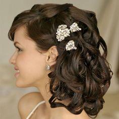 Романтичная прическа на средние волосы ::: onelady.ru ::: #hair #hairs #hairstyle #hairstyles