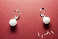 #simple #white #earrings for every day #3bjewellery #wirewrapping #beginner White Earrings, Pearl Earrings, Wire Wrapping, Jewellery, Pearls, Simple, Instagram Posts, Pearl Studs, Jewels