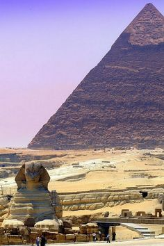 Pyramid of Khafra and the Great Sphinx of Giza