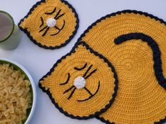 Crochet  Yellow Cat Placemat and a Coaster by ArzuMusaKnitting