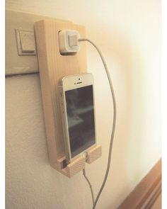 "Gefällt 800 Mal, 4 Kommentare - @woodworking_lovers auf Instagram: ""Make Money from Home Wooden iPhone Holder Wall Socket Charging Holder  How to make90.000-150.000…"""