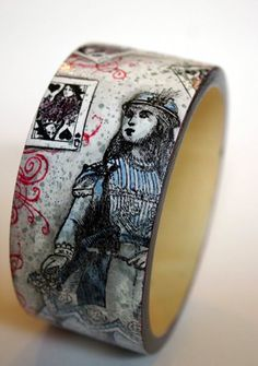paper, ink and smiles: Altered Alice Challenge- Bangle