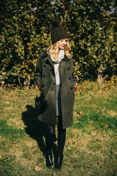 You can get Zoella's coat in today's Celebrity Bargain Buy! Source by LLEGANCEofficial outfits Zoella Outfits, Cute Outfits, Casual Outfits, Fall Winter Outfits, Autumn Winter Fashion, Winter Style, Autumn Coat, Winter Ootd