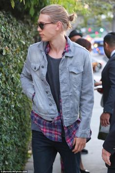 austin butler man bun - Google Search