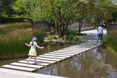 Parc du Chemin de l'Ile, Mutabilis Paysage, Guillaume Geoffroy-Dechaume, Nanterre, France