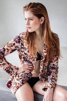 Photographer: Agnieszka Woźniak Photography MUA & Hair: Malwina Szablewska Make-up Artist Model: Kasia / to be RED www.tobered.com