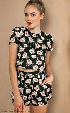 Conjunto Cropped e Short Cintura Alta Floral