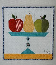 Pattern by Charise Randell Paper Piecing, Pot Holders, Harvest, Scrap, Quilts, Mini, Pattern, Dish Towels, Paper Scraps