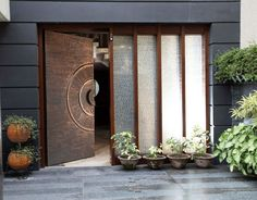 Get inspired by entrance door designs handcrafted in copper and which are designed and inspired by world renown designers Main Entrance Door Design, Home Entrance Decor, Front Door Design, House Entrance, Gate Design, Entrance Doors, House Design, Kelly Hoppen Interiors, Modern Front Door