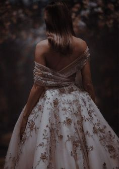 Elegant Dresses, Pretty Dresses, Beautiful Dresses, Ball Gown Dresses, Prom Dresses, Wedding Dresses, Masquerade Ball Dresses, Royal Dresses, Princess Dresses