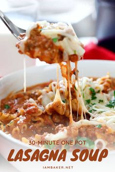 One Pot Lasagna Soup is the best ever comfort food done in just 30 minutes! This main course idea is flavor-packed with meats, cheeses, Italian seasonings, and adorable curly noodles. It is super creamy and tasty! Save this easy dinner recipe for later! Easy Dinner Recipes, Soup Recipes, Easy Meals, Cooking Recipes, Curly Noodles, Lasagna Soup, Healthy Food, Healthy Recipes, Soup Mixes