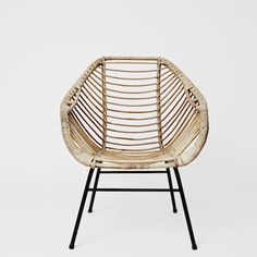 Blonde Rattan Chair Design For Dining Room Rattan Armchair, Wicker Chairs, Rattan Furniture, Modern Furniture, Home Furniture, Furniture Design, Furniture Upholstery, Love Chair, Cool Chairs
