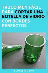 Cómo cortar botellas de vidrio Diy Bottle, Wine Bottle Crafts, Diy Arts And Crafts, Diy Crafts For Kids, Recycled Glass Bottles, Plastic Bottles, Bottle Cutting, Cardboard Crafts, Diy Interior