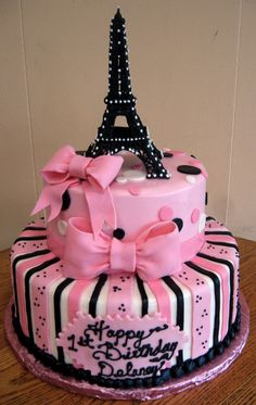 Pink Paris Cake, omgoodness auntie we should do a Paris themed party for ande when she's like 16 ! This cake would be perfect !