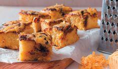 Hierdie sout koek kan met Marmite of Bovril gemaak word – die keuse is joune Dutch Oven Recipes, Great Recipes, Snack Recipes, Cooking Recipes, Favorite Recipes, Quiche, Kos, Salted Caramel Fudge, Salted Caramels