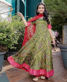 Olive Bandhej Gota Anarkali Set – Aachho Olive Maroon bandhej Anarkali adorned with Gota Detailing. Set Comes with the beautiful Marooon Gota Net Dupatta. Indian Wedding Gowns, Indian Gowns, New Wedding Dresses, Indian Attire, Pakistani Dresses, Trendy Dresses, Nice Dresses, Bandhani Dress, Ikkat Dresses