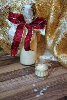 Experimente aus meiner Küche: Weißer Schokolikör mit Amaretto