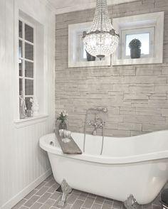 Bathroom, by @behindabluedoor