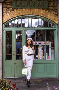 'Instagrammable' Things to See and Do in Covent Garden. Laduree, macarons Flower Wall Backdrop, Chanel Beauty, Shop Fronts, Magical Christmas, Covent Garden, How Beautiful, Macarons, Instagram, Fashion