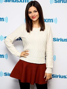 Star Tracks: Monday, January 19, 2015 | SWEET AND SIMPLE | She's so together! Victoria Justice is totally coordinated for a visit to SiriusXM Studios in N.Y.C. on Friday, in an ivory sweater that matches as her nails and a skirt that complements her lipstick.