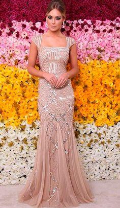 Nude e bordado Nude Party Dresses, High Fashion Dresses, Gala Dresses, Prom Dresses With Sleeves, Evening Dresses, Bridesmaid Dresses, Formal Dresses, Wedding Dresses, Reception Gown