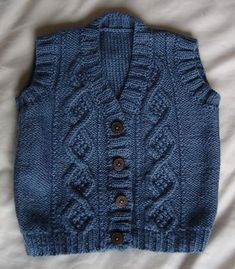 gorgeous baby ve bu boy's vest Toddler Cardigan, Knitted Baby Cardigan, Knit Baby Sweaters, Knit Baby Booties, Knitted Baby Clothes, Boys Sweaters, Knitting For Kids, Baby Knitting Patterns, Granny Stripes