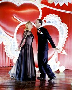 Marjorie Reynolds and Fred Astaire in Holiday Inn, 1942. Beautiful picture, especially since the movie is black & white.