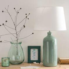 Lámpara de cerámica azul con pantalla color crudo | Maisons du Monde