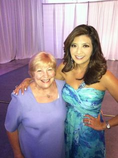 Great photo of Nancy Hinds, founder of Hinds Hospice, with @ABC30 Action News anchor Margot Kim.  Margot served as the emcee for the Hinds Gala in downtown #Fresno!