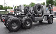 Mercedes-Benz Zetros 3643 tractor, rather similar to this one from Thi… – lastwagen Mercedes Benz Unimog, Mercedes Benz Trucks, Mercedes Maybach, Rv Truck, Big Rig Trucks, New Trucks, Rally Dakar, Tactical Truck, Mercedez Benz