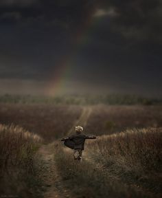 This is one of the magical photographs that Russian mother, Elena Shumilova, took of one of her two children ~ see more photos of the children photographed with the animals on their farm at www.boredpanda.com/animal-children-photography-elena-shumilova/