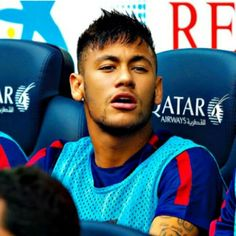 13.09.14 Neymar on the bench
