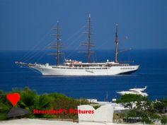 Ship anchored in #Stromboli.