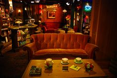 Warner Bros. Studios - Set from the american sitcom Friends by Fiftystars, via Flickr