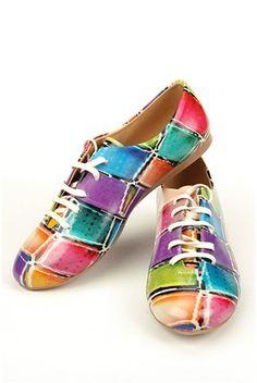 Extravagant Elite Goby shoes. We <3 them!