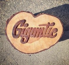 Erik Marinovich – Friends of Type – Gigantic