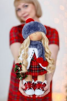 1 million+ Stunning Free Images to Use Anywhere Doll Crafts, Diy Doll, Child Doll, Baby Dolls, Christmas Elf Doll, Christmas Gifts, Baby Sewing Projects, Fabric Toys, Sewing Dolls