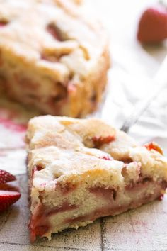 Strawberry Buttermilk Cake is an easy coffee cake loaded with fresh strawberries ~ make it for breakfast, brunch, or dessert. This is the perfect spring breakfast cake. Easy Strawberry Desserts, Strawberry Cakes, Brunch Cake, Breakfast Cake, Shortbread, Cake Recipes, Dessert Recipes, Ceramic Baking Dish, Spring Cake