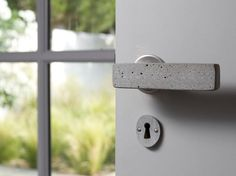 Make a Great First Impression With Jewelry-Like Door Handles and Knobs (via Bloglovin.com )