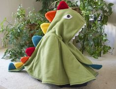 Dynomite Dinosaur Cape pattern.. so very neat for a costume piece or fleece and a fall cape