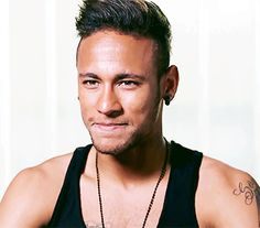 Find images and videos about neymar jr and njr on We Heart It - the app to get lost in what you love. Barca Team, Soccer Hair, Neymar Pic, He Makes Me Smile, Cricket Sport, Football Wallpaper, World Cup 2014, Best Player, Soccer Players